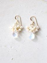 14KGF moonstone pearl  pierce