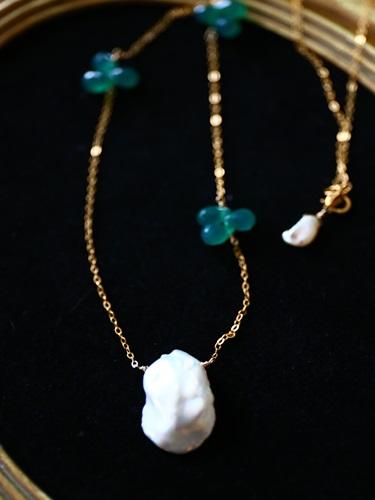 画像1: (14kgf)大粒ケシパールとグリーンオニキスのネックレス(50cm)