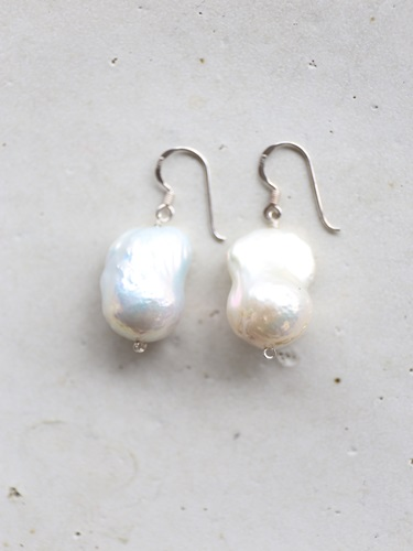 画像1: SILVER925 large drop  baroque pearl pierce