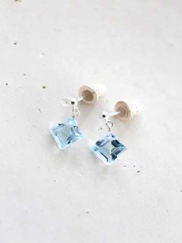 画像1: SILVER925 bluetopaz pierce