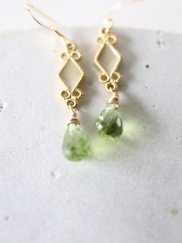 画像1: 14KGF peridot  pierce